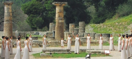 The Municipality of Ancient Olympia and the International Olympic Truce Center ask to support the initiative for Worldwide Peace by sharing and signing the petition